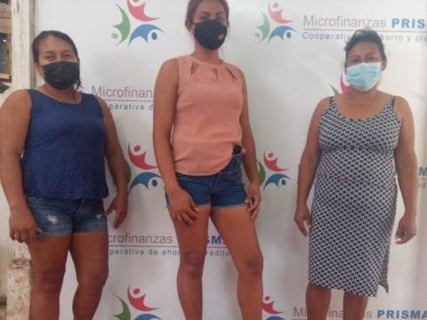 photo of Las Encantadoras De Manantay Group