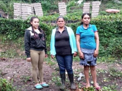 photo of Las Cumplidoras Group