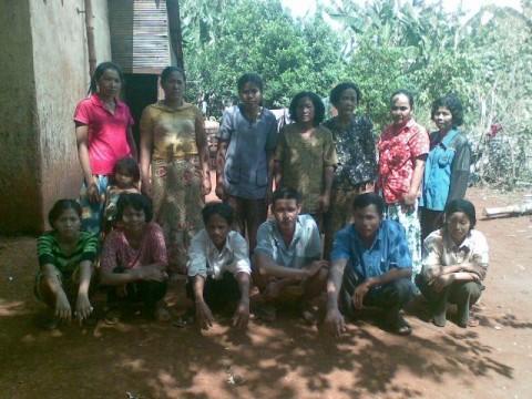 photo of Mrs. Bunthen Em Village Bank Group