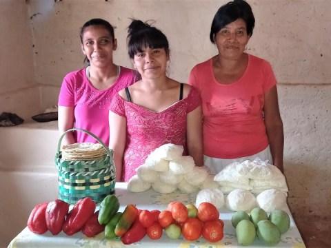 photo of El Amanecer Del Fraile Group