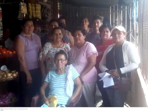 photo of La Vida Es Bella Group
