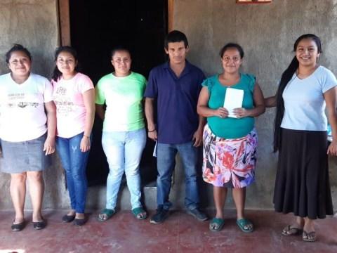 photo of Azucenas Blancas Group