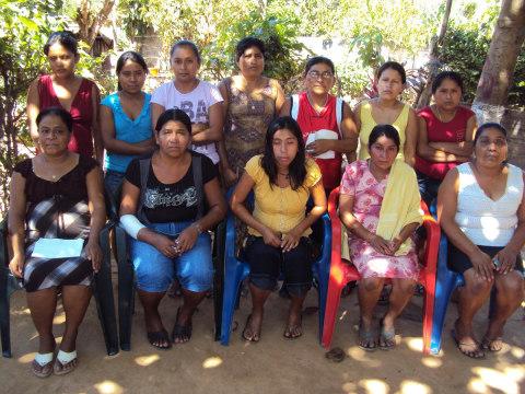 photo of Las Flores Triunfadoras Group