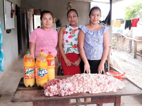 photo of En Dios Confiamos Martha Quezada Group