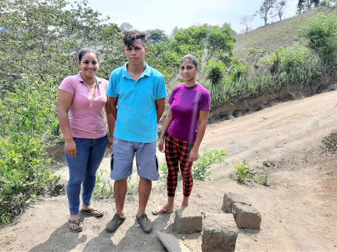 photo of Los Agricultores De Las Brisas Group