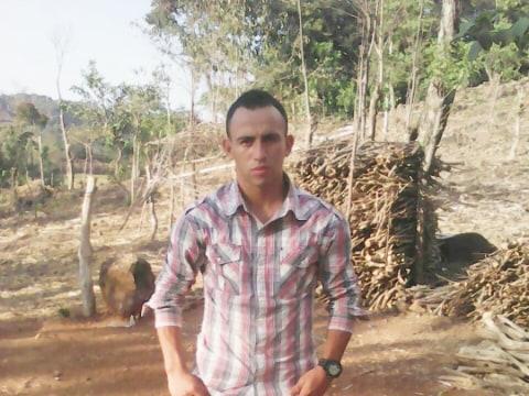 photo of Carlos Armando