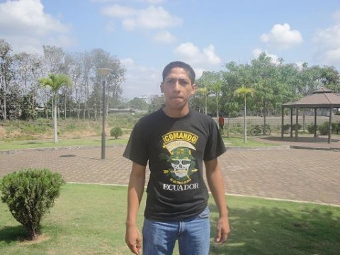 photo of Carlos Tomas