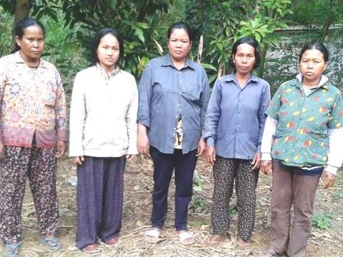 photo of Soeurng's Group