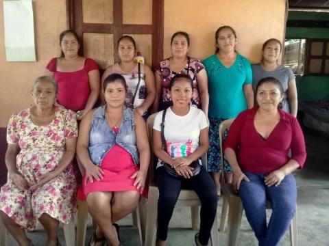 photo of La Bendicion De Chuatuj Group
