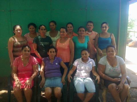 photo of Cristo Nos Ama Group